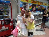 Mary posing with a Harajuku girl in Harajuku, Tokyo. Later on when Mary added some bows and other accessories she was the one people were asking to pose with!