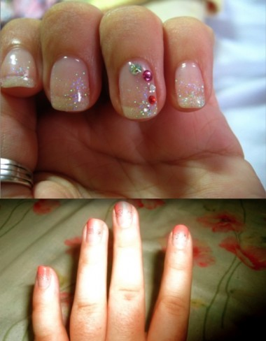 Nadia (above) and Mary (below) show off the nails they got down in downtown Kawaramachi, Kyoto.